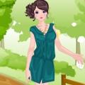 הלבישו את הנערה היפה בבגדים אביביים שמחים וקלילים